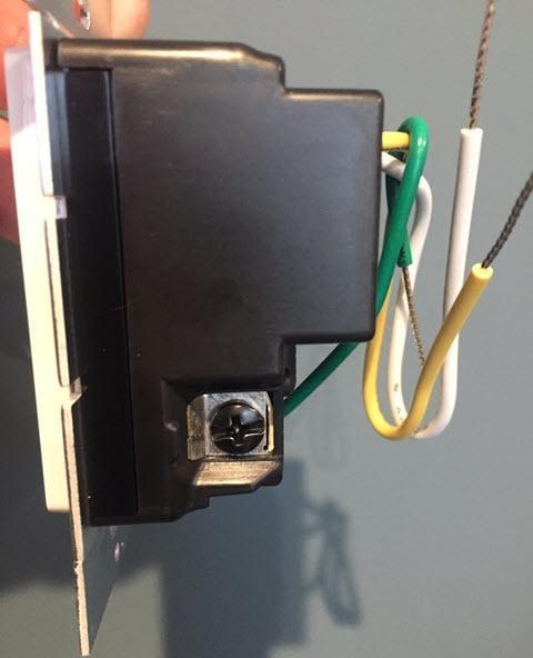 Lutron PD-FSQN-WH Caseta Wireless Smart Fan Speed Control, White - Side View