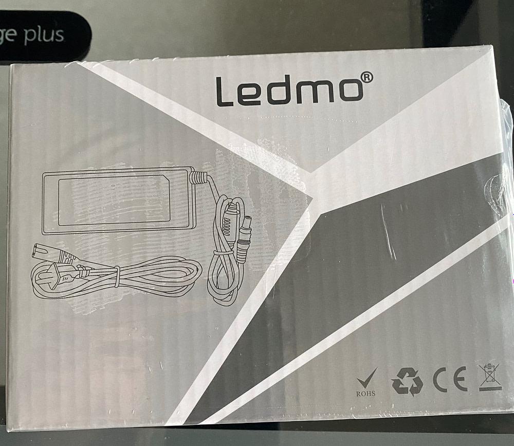 LEDMO 12-volt Power Supply